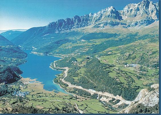 Valle de tena turismo rural en huesca y el pirineo aragon s - Casa en el pirineo ...