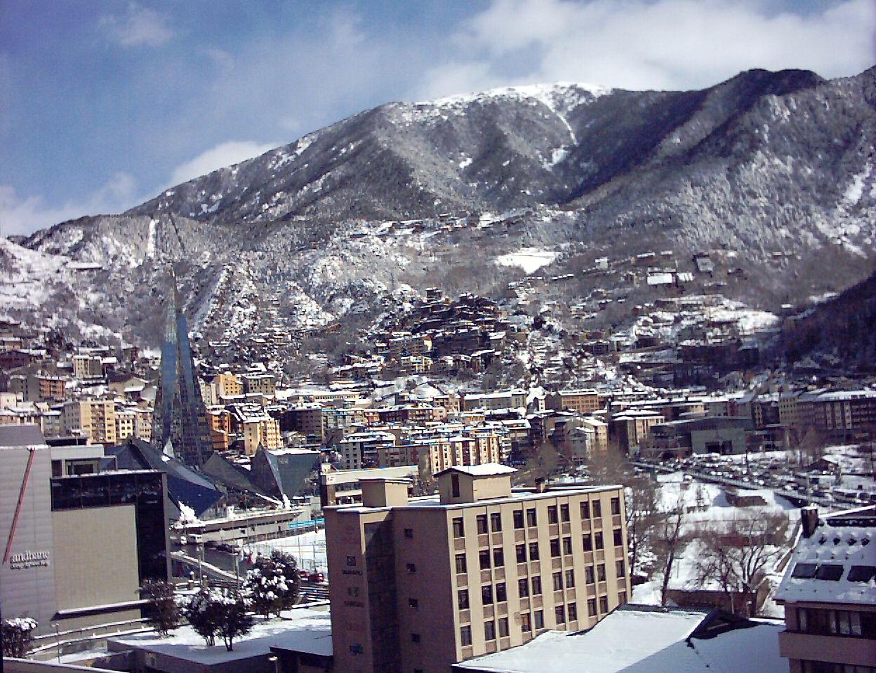 Disfruta de la llegada del frío en Andorra. Ocio y deportes al aire libre en tus días libres