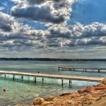 Playas de Fornells: sol, deportes, monumentos y diversión en Menorca