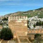 Granada, una maravilla a los pies de Sierra Nevada